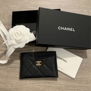 Chanel Quilted Black Caviar Card Holder